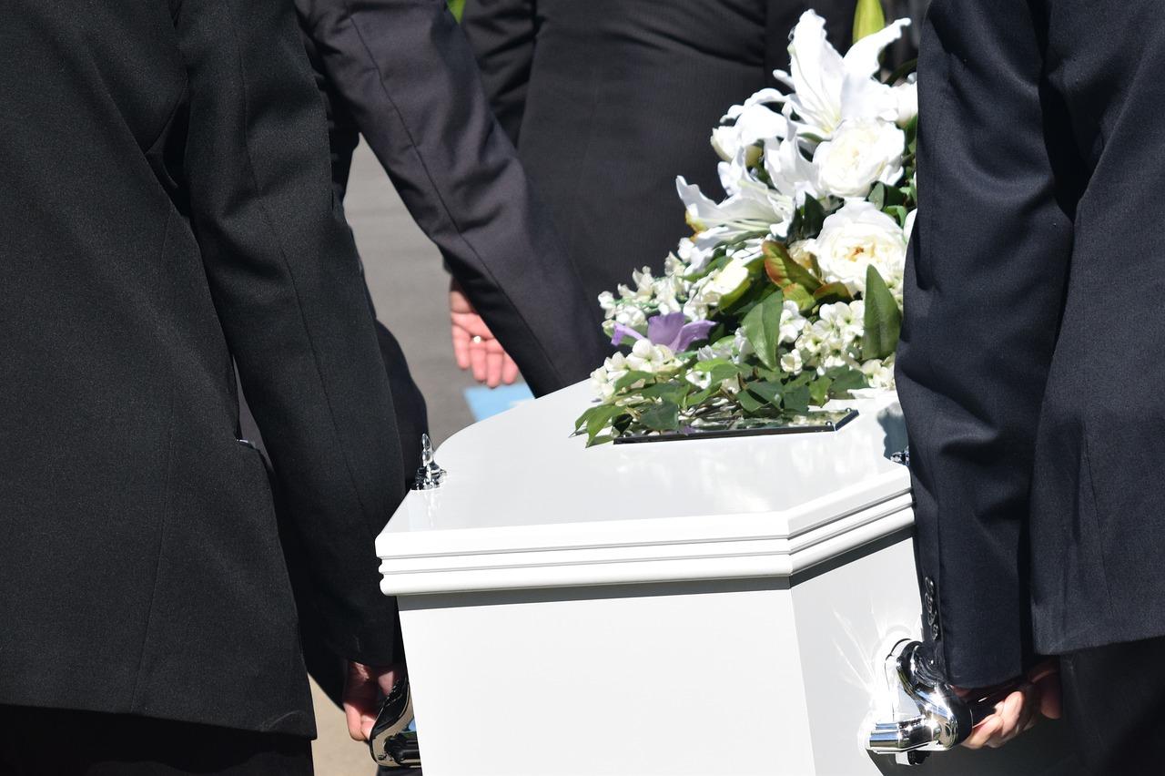 funeral homes in Sarasota, FL